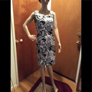 Sleeveless black and white dress (17)